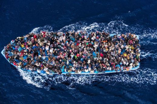 PAY-African-asylum-seekers-rescued-off-boats