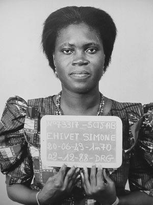 ob_4f240f_simone-gbagbo-prisonnier-en-1988.jpg