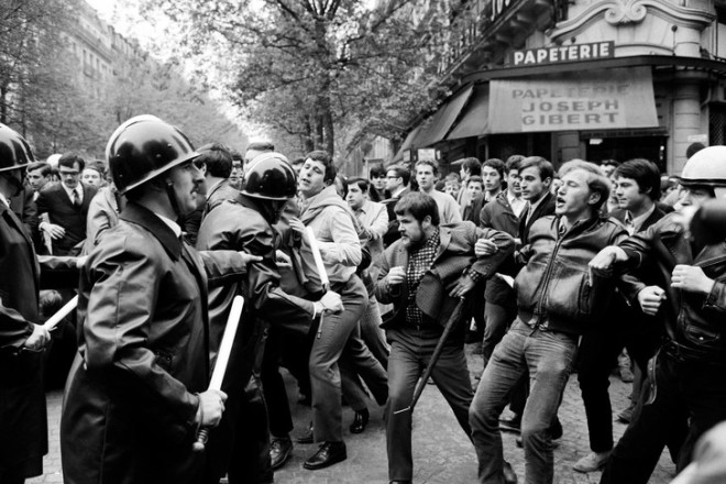 Manifestation-boulevard-Saint-Michel-Paris-durant-evenements-Mai-68_0_729_486.jpg